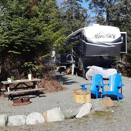 Seal Bay RV Park & Campground: Site 72