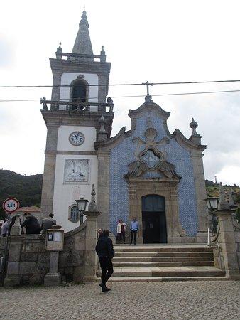 Igreja de Lanhelas