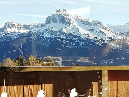 Chalet Alpen Valley Mont Blanc: View from the restaurant