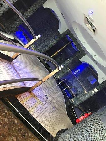 Aqua massage area
