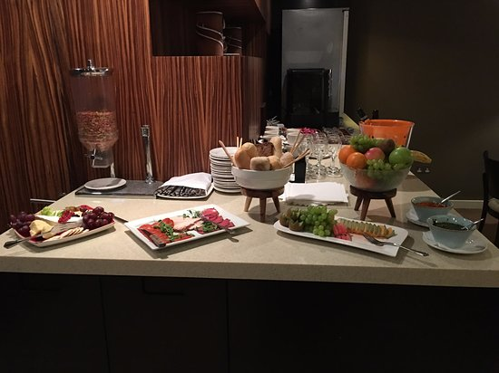 Executive lounge: cold cuts, cheese, breads and fruits