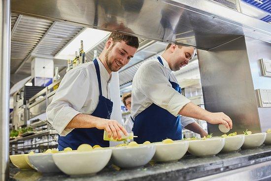 Matthias aus München und Küchenchef Patrick aus der Steiermark