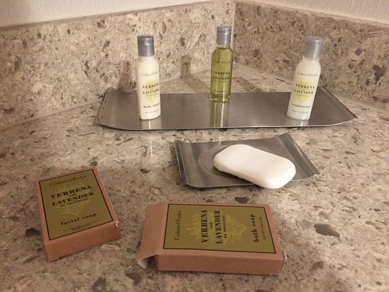 King Bed Room Bathroom Complimentary Hygiene Products
