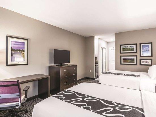 La Quinta Inn & Suites by Wyndham Walla Walla: Guest room