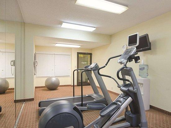La Quinta Inn & Suites by Wyndham Dothan: Health club