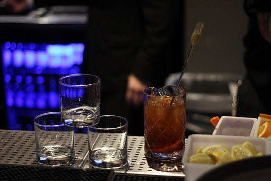 Happy Hour 3pm - 7pm   Harborview Restaurant & Bar   Chinese Restaurant in San Francisco