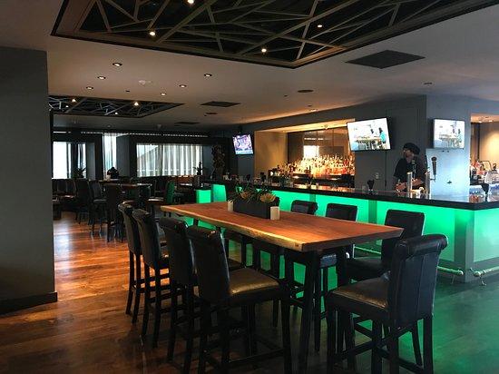 Bar & Lounge    Harborview Restaurant & Bar   Chinese Restaurant in San Francisco