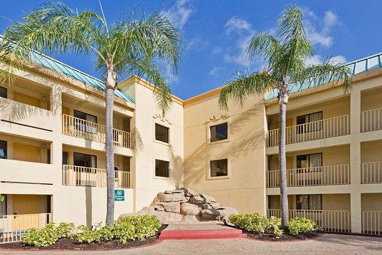Hotel Econ 243 Mico Cerca De Busch Gardens Opiniones Del