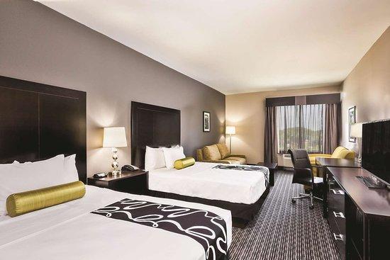 La Quinta Inn & Suites by Wyndham Rockport - Fulton
