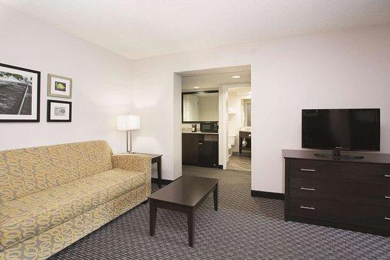 丹佛恩格爾伍德科技中心拉昆塔套房飯店照片