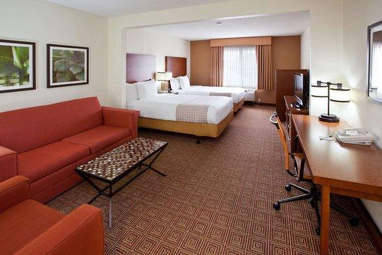La Quinta Inn & Suites by Wyndham Bannockburn-Deerfield