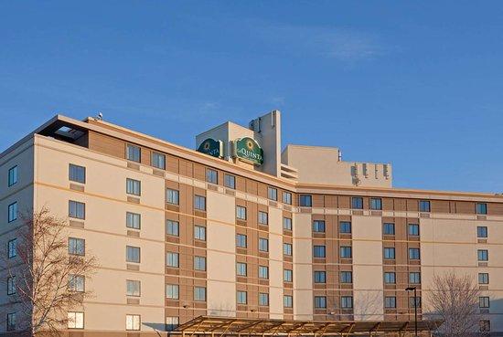 La Quinta Inn & Suites by Wyndham Boston Somerville