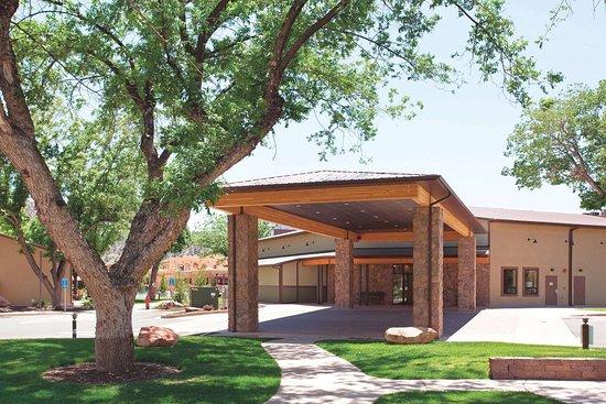 La Quinta Inn & Suites by Wyndham at Zion Park/Springdale: Exterior