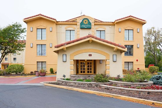 La quinta inn by wyndham chicago o 39 hare airport elk grove - Wyndham garden elk grove village o hare ...