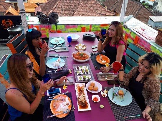 Aura and Friend ( Jakarta ) 05 Pax