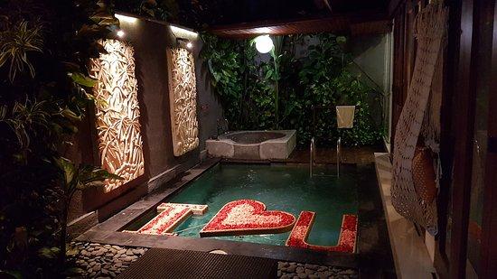 Legian Kriyamaha Villa: honeymoon