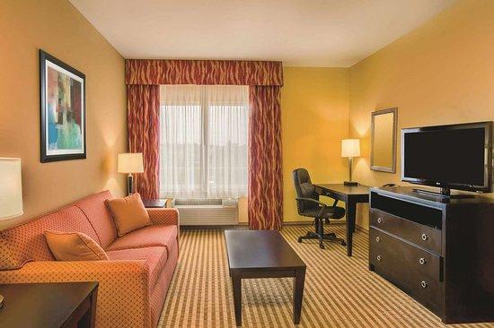Union City, GA: Suite