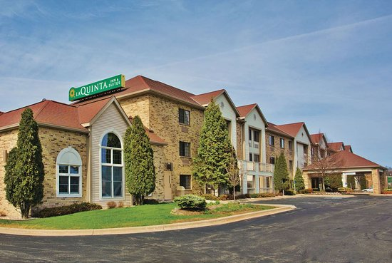 La Quinta Inn & Suites by Wyndham Milwaukee Delafield