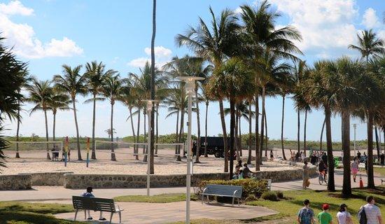 Lummus Park Beach - Miami Beach
