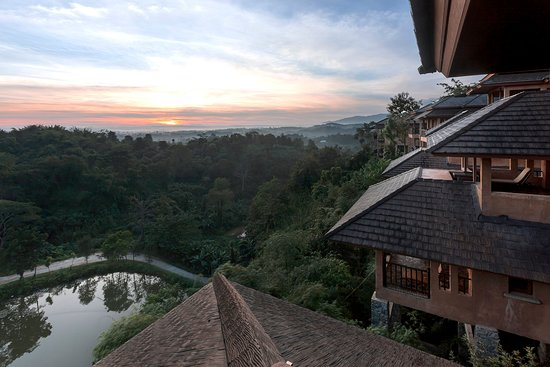 Sunrise view from Mountain Suite