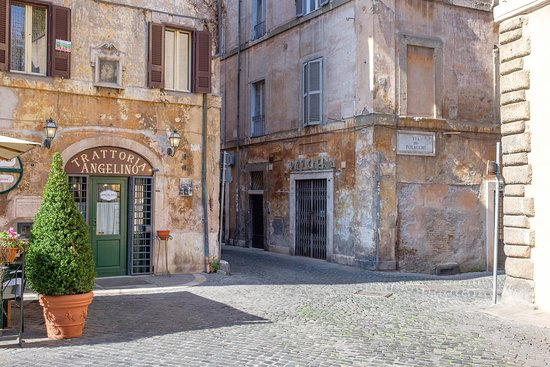 Photography tour in Rome with Marco - former Jewish ghetto