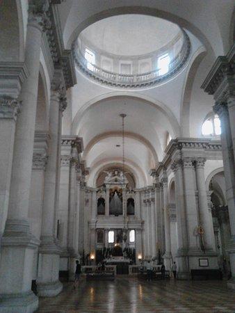 San Giorgio Maggiore: The main nave