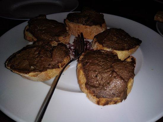 Il Locale Di Guido: crostini ai fegatini