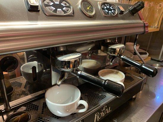 Unsere heiße Kaffeemaschine