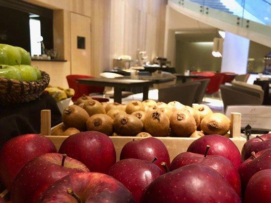 Detalle Buffet de Desayunos.  Fruta fresca