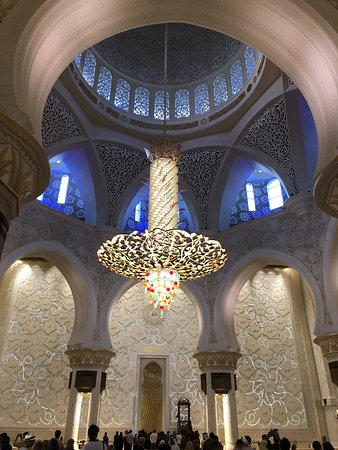 Μέγα Τέμενος του Σεΐχη Ζάιντ: lustre