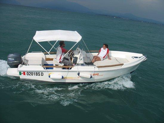 Easy Boat Rent