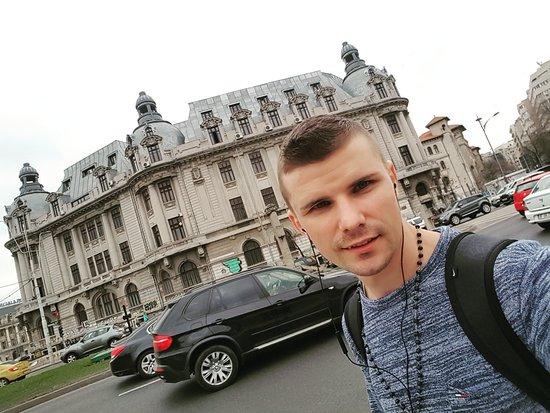 Bukarest, Rumänien: Bucharest the Capital of Romania,full with beautiful buildings,historical art,modern art,very attractive style.