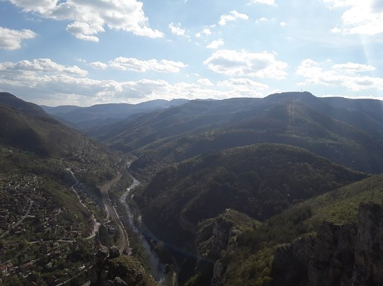 Lakatnik view