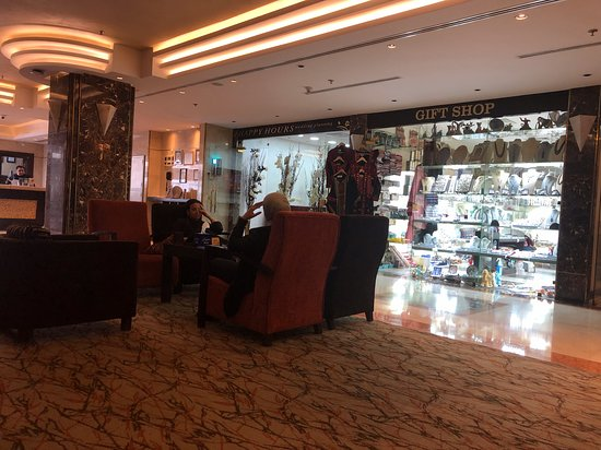 Ayass Hotel: Lobby and Gift shop
