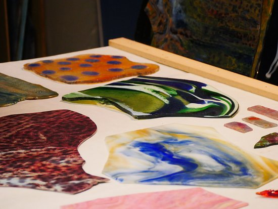 """The Neustadt Collection of Tiffany Glass : Tiffany glass """"touch table."""" Photo: Corey William Schneider"""