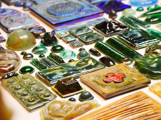 """The Neustadt Collection of Tiffany Glass : A selection of Tiffany's pressed-glass """"jewels."""" Photo: Corey William Schneider"""