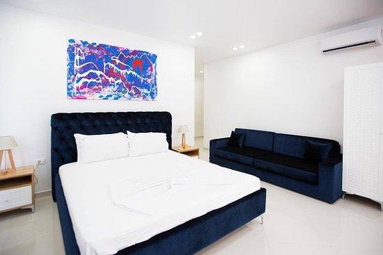 Dhoma 804