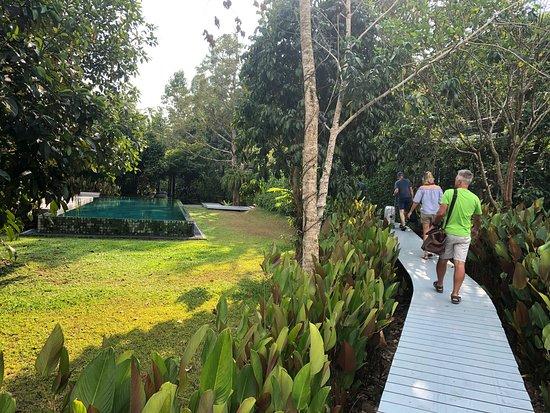 Ein schönes Hotel etwas außerhalb von Ranong! Sehr netter Service und wirklich ein hide away... wir waren allerdings auf der Durchfahrt und hatten nur eine Übernachtung