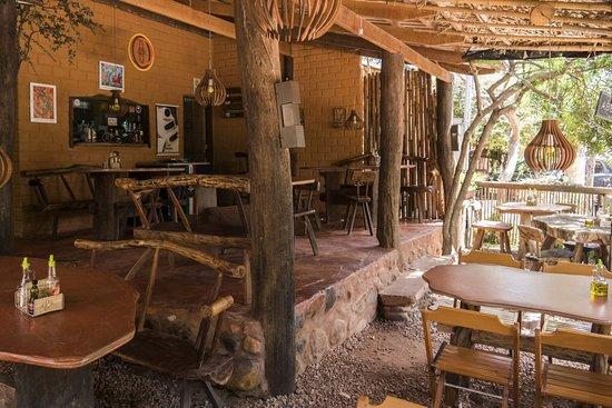 Ambiente com a essência da Vila e uma ótima culinária. Venham nos conhecer.