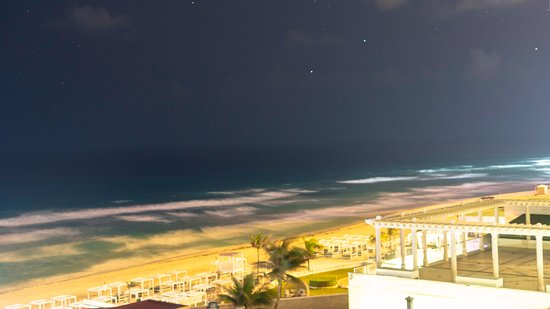 Mexico Travel Solutions: Beach during the Night