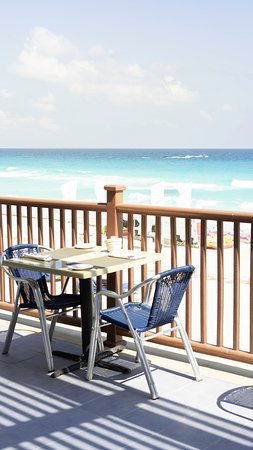 Mexico Travel Solutions: Amazing Beach view Lunch