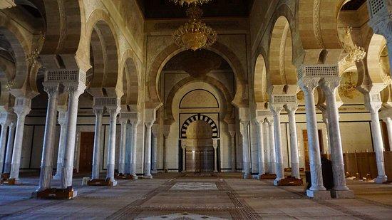 Inside El Abidine Mosque. More Moorish architecture. Flashbacks from Cordoba..