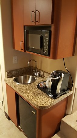 Small in room kitchen/coffee station - Picture of Holiday ...