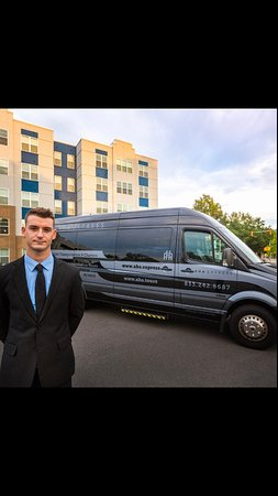 Limousine Service in Wilmington NC. Great for events of all kind!