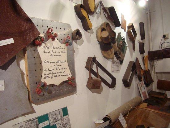 Musee du cuir et des industries du Peruwelzis