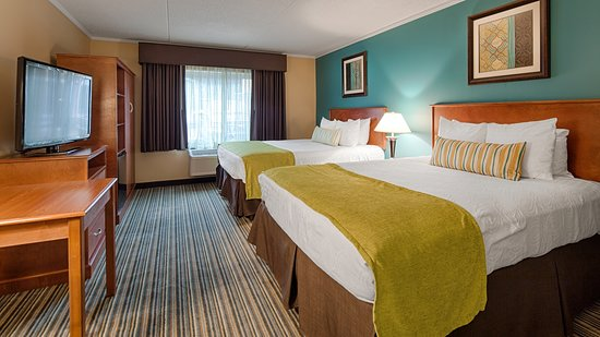 Best Western Plus Traverse City: Two Queen Guest Room