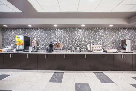 La Quinta Inn & Suites by Wyndham Clearwater South: Property amenity