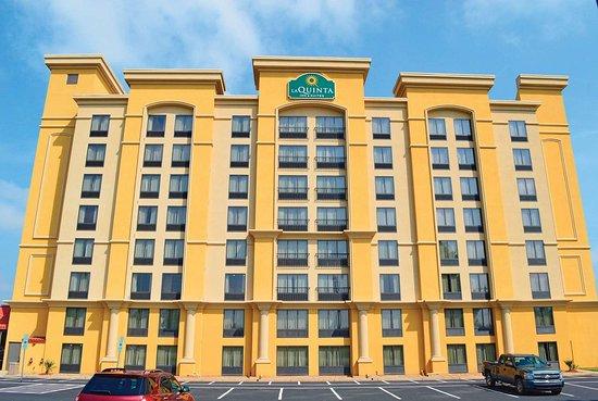 La Quinta Inn & Suites by Wyndham Hickory