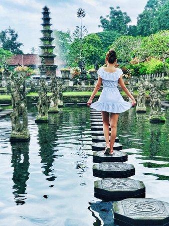 Bali : Instagrams Tour Lempuyang Temple, Tirta Gangga- Tukad Cepung , Tibumana Waterfall: another shot :)