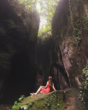 Bali : Instagrams Tour Lempuyang Temple, Tirta Gangga- Tukad Cepung , Tibumana Waterfall: again :)